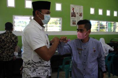 Dinkes Labuhanbatu Berikan Vaksinasi kepada 150 Pelajar SMKS Al - Azis