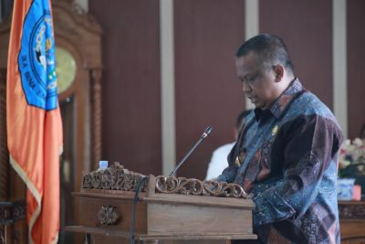 PJ Bupati Labuhanbatu Sampaikan Nota Jawaban Keuangan Pertanggungjawaban APBD 2020